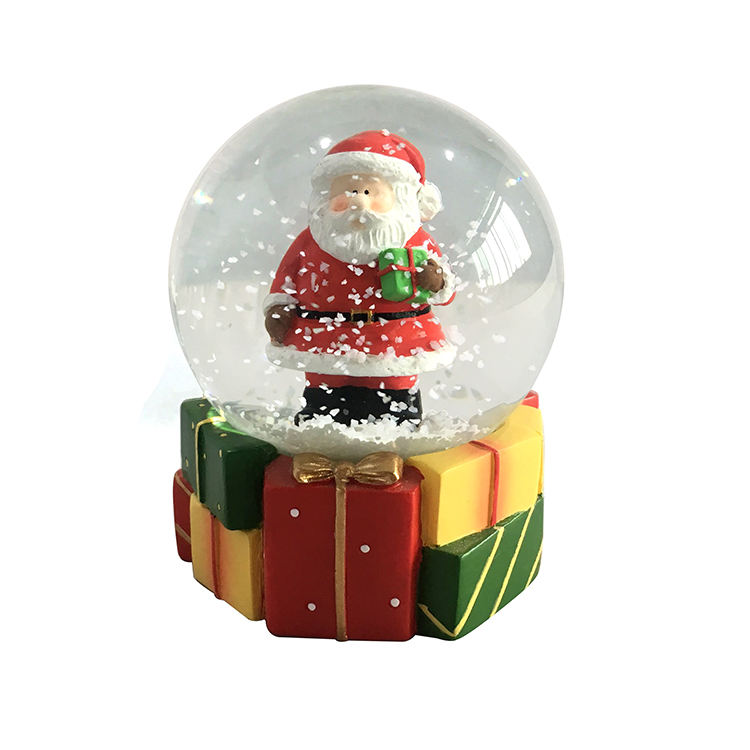custom personalized snow ball wholesale Unique Christmas Gift Resin Snow Globe