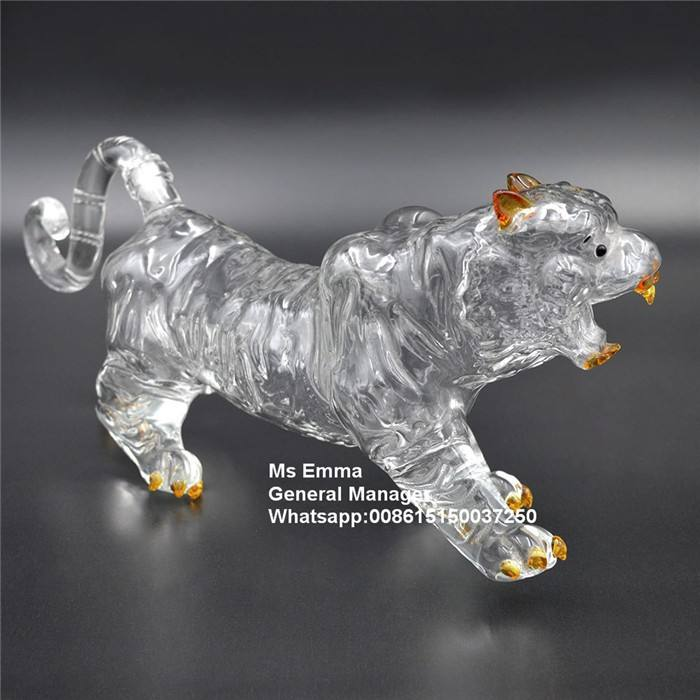 Animal Tiger shaped Glass Wine Bottle Factory Supplier