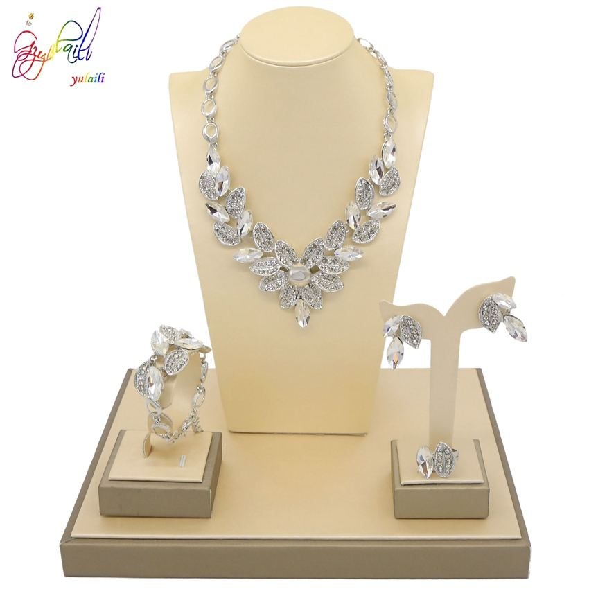 Platinum Plated Flower Design Silver Crystal Rhinestone Zircons Pearl Necklace Jewelry Sets For Bridal Wedding Birthday