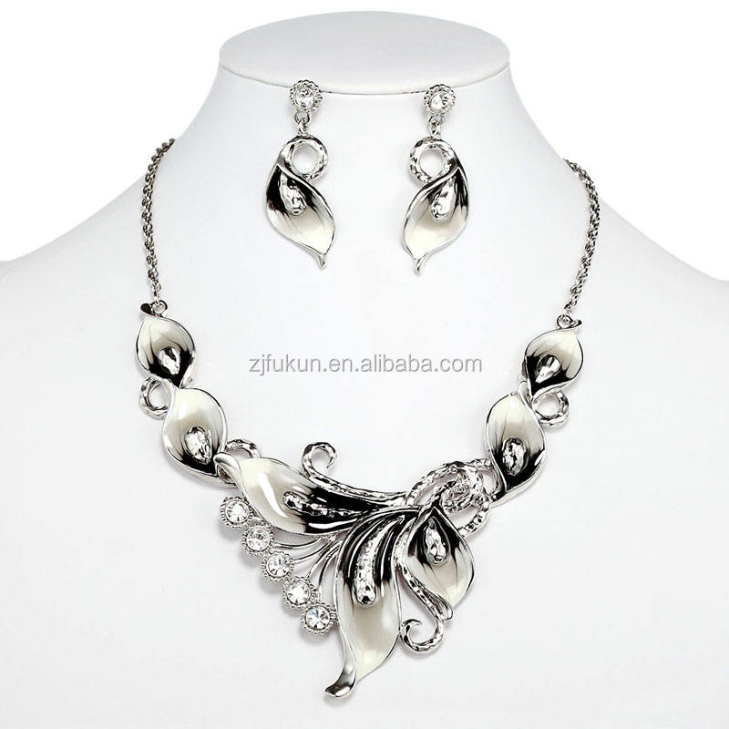 Calla lily necklace earrings set enamel jewelry set wedding fashion design necklace jewelries