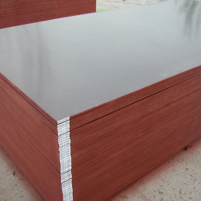 China Plywood Manufacturer Supply 18mm Film Faced Shuttering Plywood with Brand Name