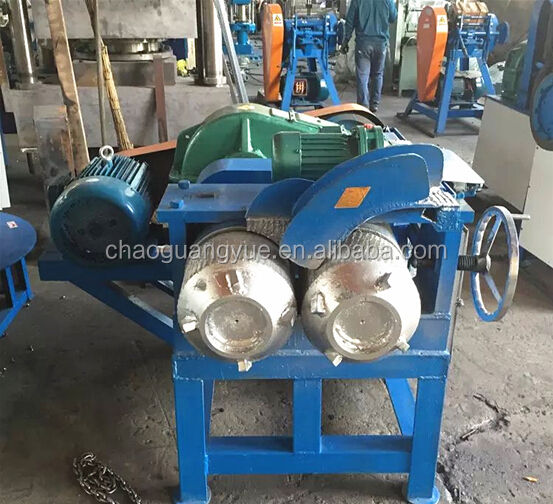 Automatic tire steel wire separator / tire bead wire separator / tire steel removing machine for processing 120 tires per hour