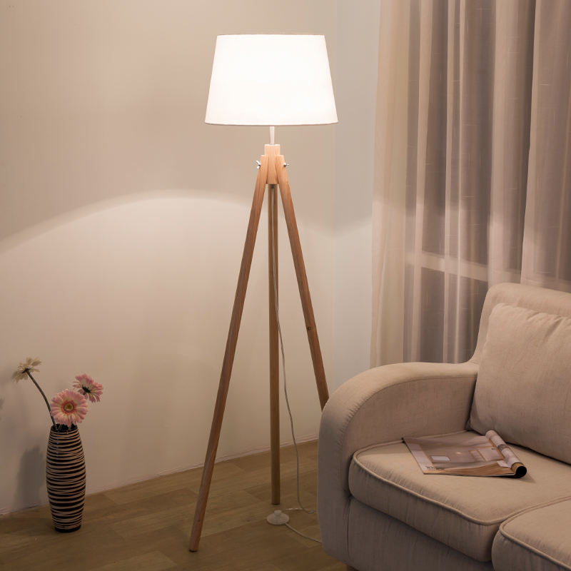 Factory Price Wooden Standing Tripod Decorative Floor Lamp