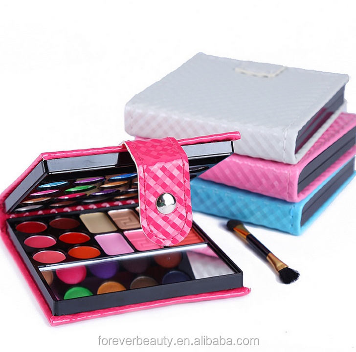Hot sale fashion and beauty need eye shadow and power brush set 32 colors eye shadow palette