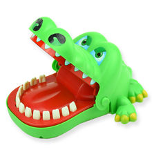Wholesale New Style Creative Animal Mouth Bite Finger Game Kids Play Prank Toys Crocodile Press Tooth Game Kid Finger Bite Toys