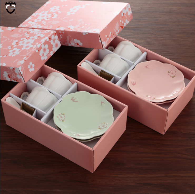 pink box milk water juice flowler two white cups saucers set milk marble porcelain plate ceramic coffee tea cup sets with saucer