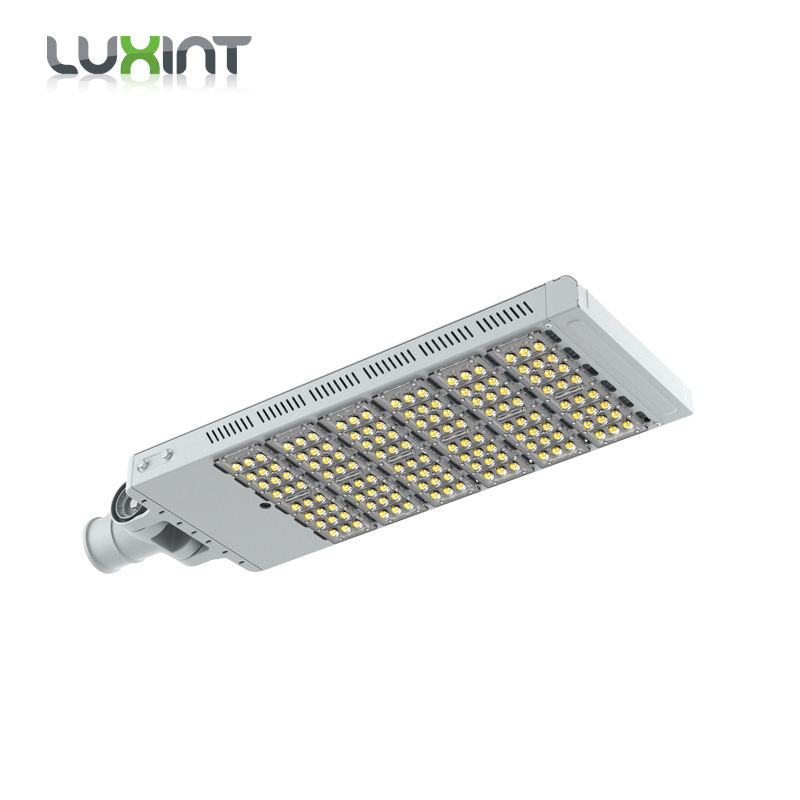 LUXINT IP66 warranty battery on the 240W outdoor energy saving and adjustable led street light