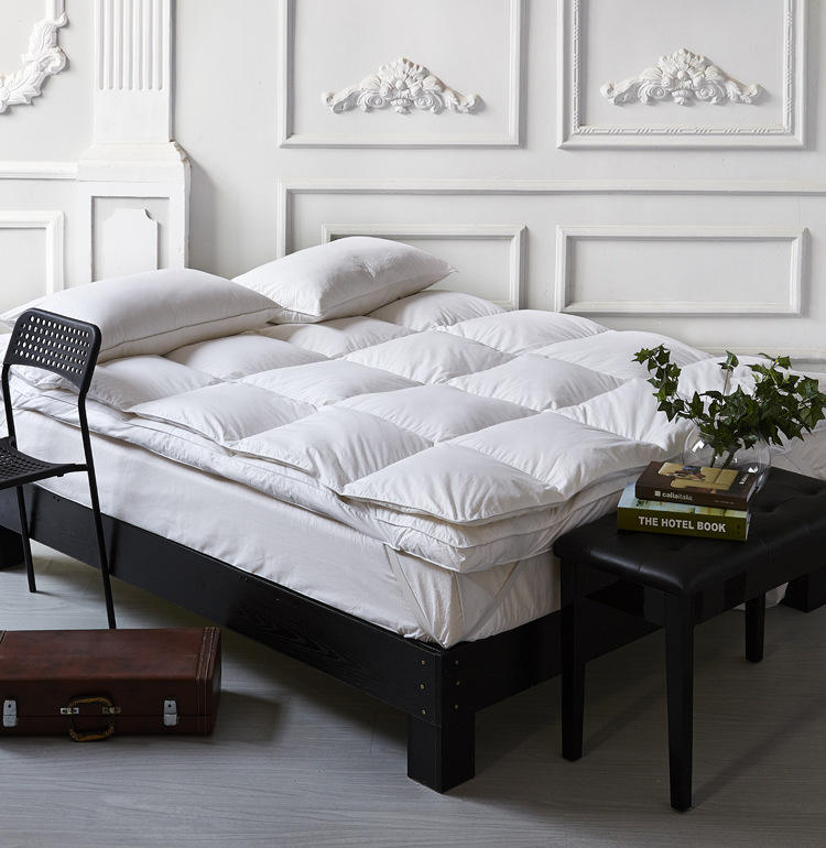 Wholesale Manufacturer White Hotel Down Feather Mattress From China