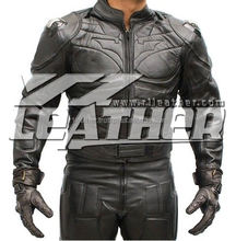 Cool armored racing suit for motorcycle