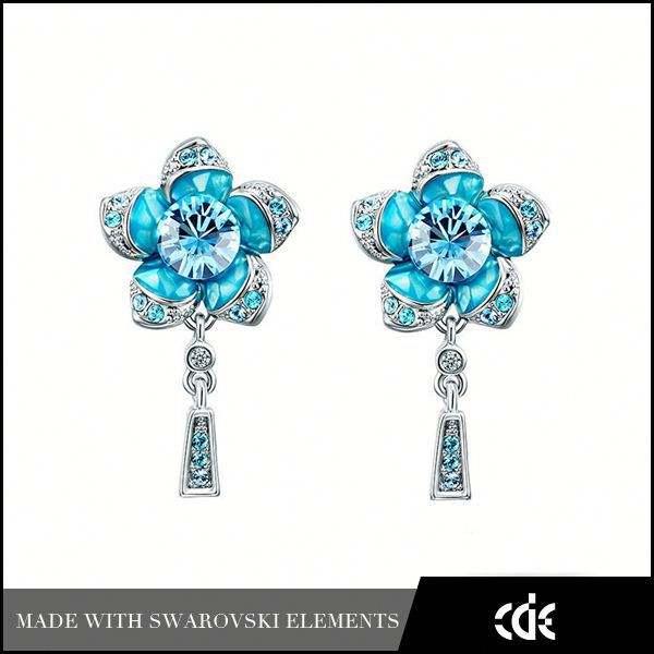 Cde personnalisée. bijoux charmes <span class=keywords><strong>gros</strong></span> hawaïen fleur boucle d'oreille affichage à cristaux
