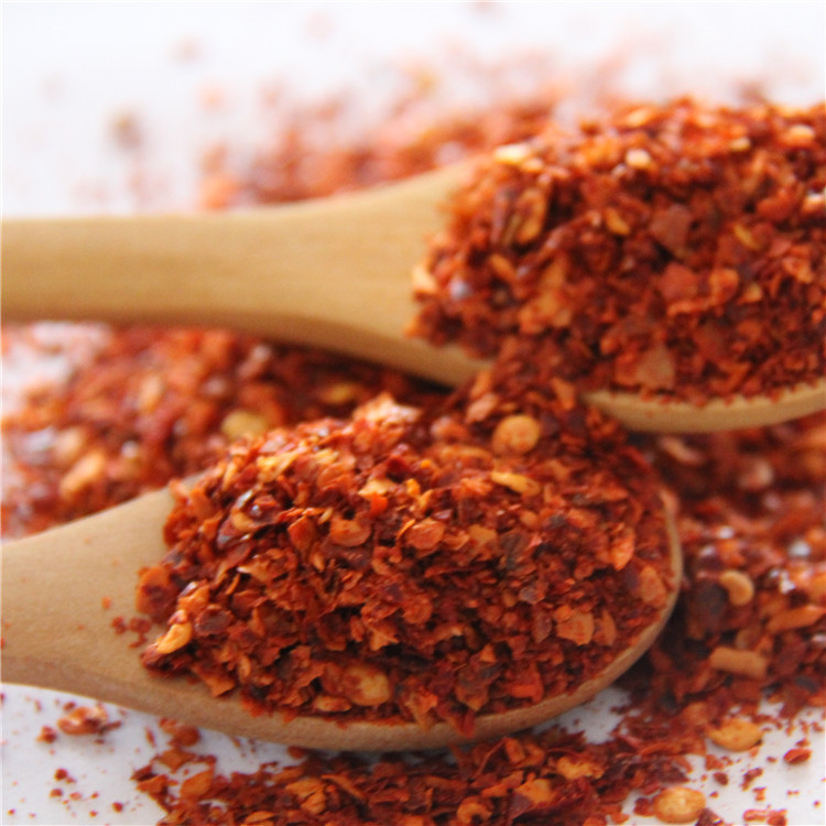 Hot sale export dried red hot chili pepper/sweet paprika powder/flakes/crushed brands