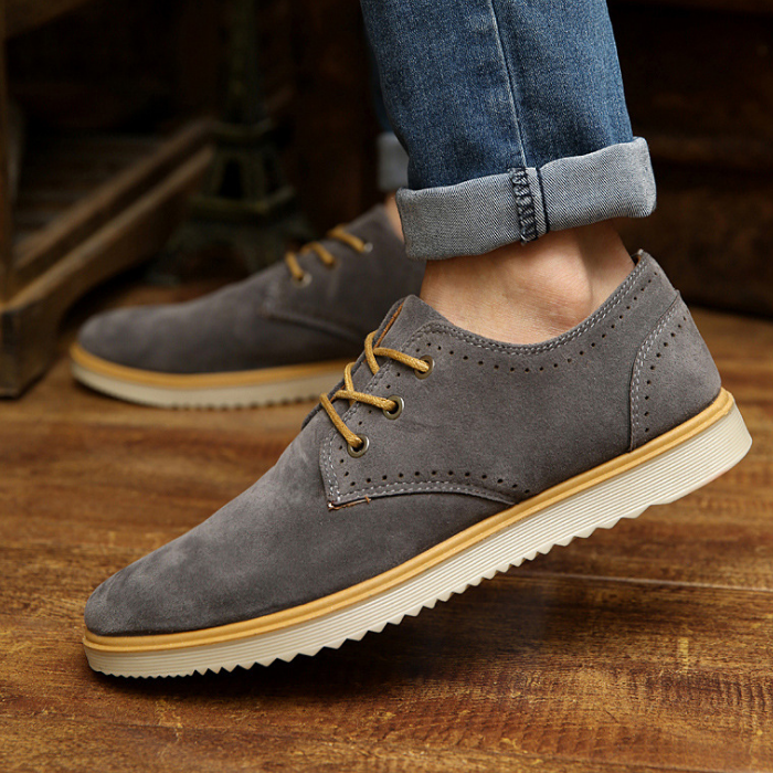longxing Nubuck Leather Casual Embroidered Shoes