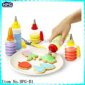 Nieuwe Cake Maken Decorating Icing Piping Spuit Plastic 10 Nozzles Tool Set
