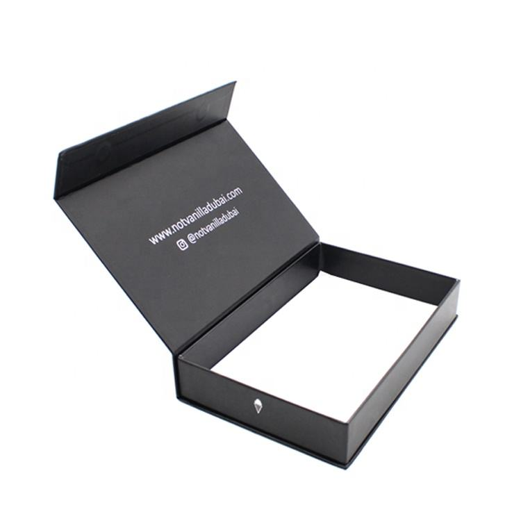 Customized logo cardboard black magnetic gift box with magnet closure Guangzhou Manufacturer