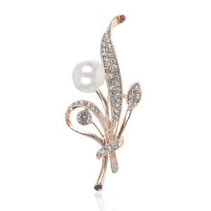 Style chaud alliage insert diamant broche fabricants version Coréenne en gros perle broche de mode broche magnétique broche