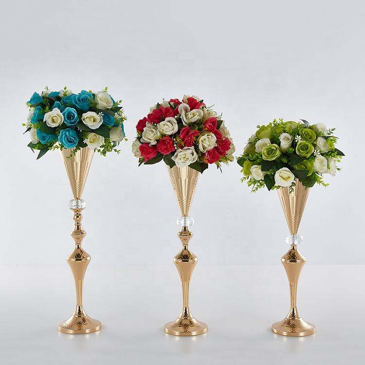Glod Metal plating V-type vases for home decor