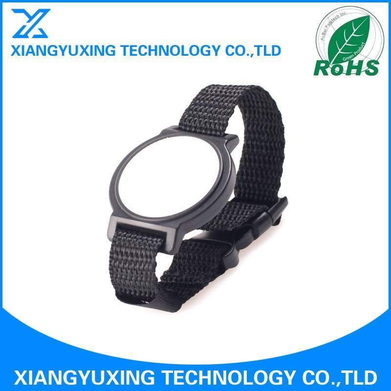 Environnement hostile conçu Nylon bracelet montre ntag216 nfc bracelet