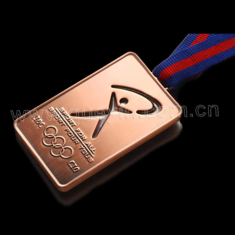 Laiton <span class=keywords><strong>Antique</strong></span> sport <span class=keywords><strong>2012</strong></span> <span class=keywords><strong>médaille</strong></span> avec couleur rubans
