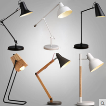 The study of modern minimalist office desk lamp Nordic reading industrial arm warm light lamp