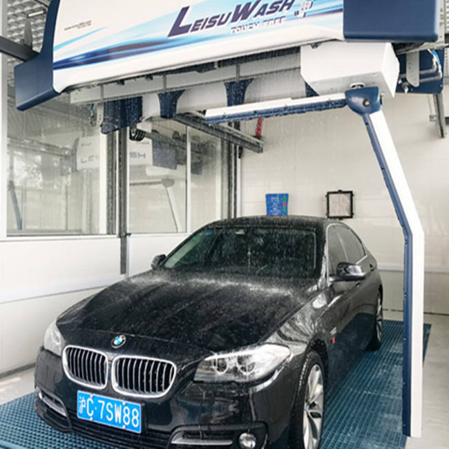 Touch free car wash machine Leisuwash 360