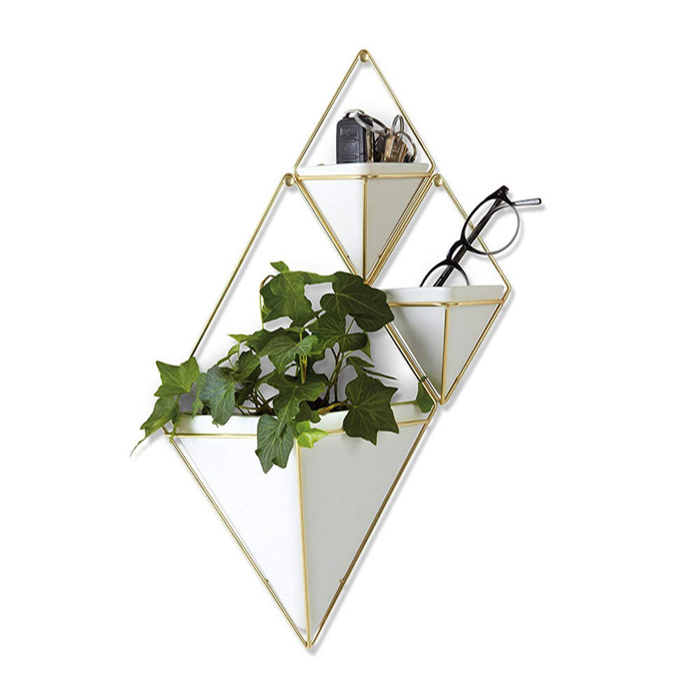 Modern Metal Shelf Bracket Plants Stand Newest Design Triangle Gold Wall Hanging Plant Stand Iron Flower Pot Planter Indoor