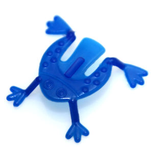 very cheap small plastic toys, funny promotion toy, jumping frog