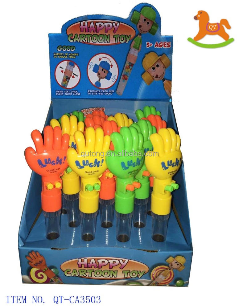 Flexible luck hands toy with sweet candy Made in China