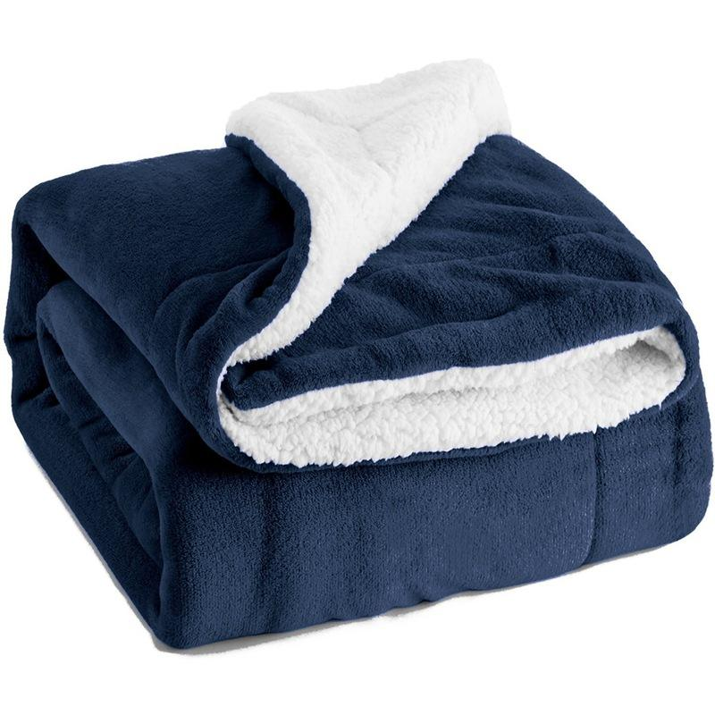 Wholesale 130*160cm 100% Polyester Flannel Fleece Double Layer Sherpa Blankets