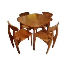 Oak dining table up to 4 seats