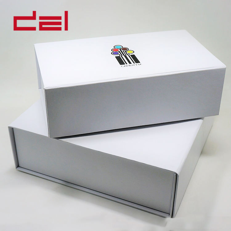 Customized size high quality magnetic closure cardboard paper box