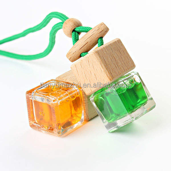 Factory direct sale 8ml hanging car perfume bottle wholesale car air freshener