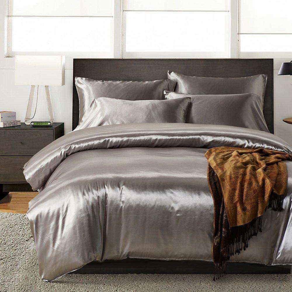 3 Piece (1 Duvet Cover + 2 Pillow Shams) 100% Silk Duvet Cover Set