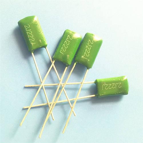 10 condensadores 3300 pf 630 V 10/% axial = 10 PCs