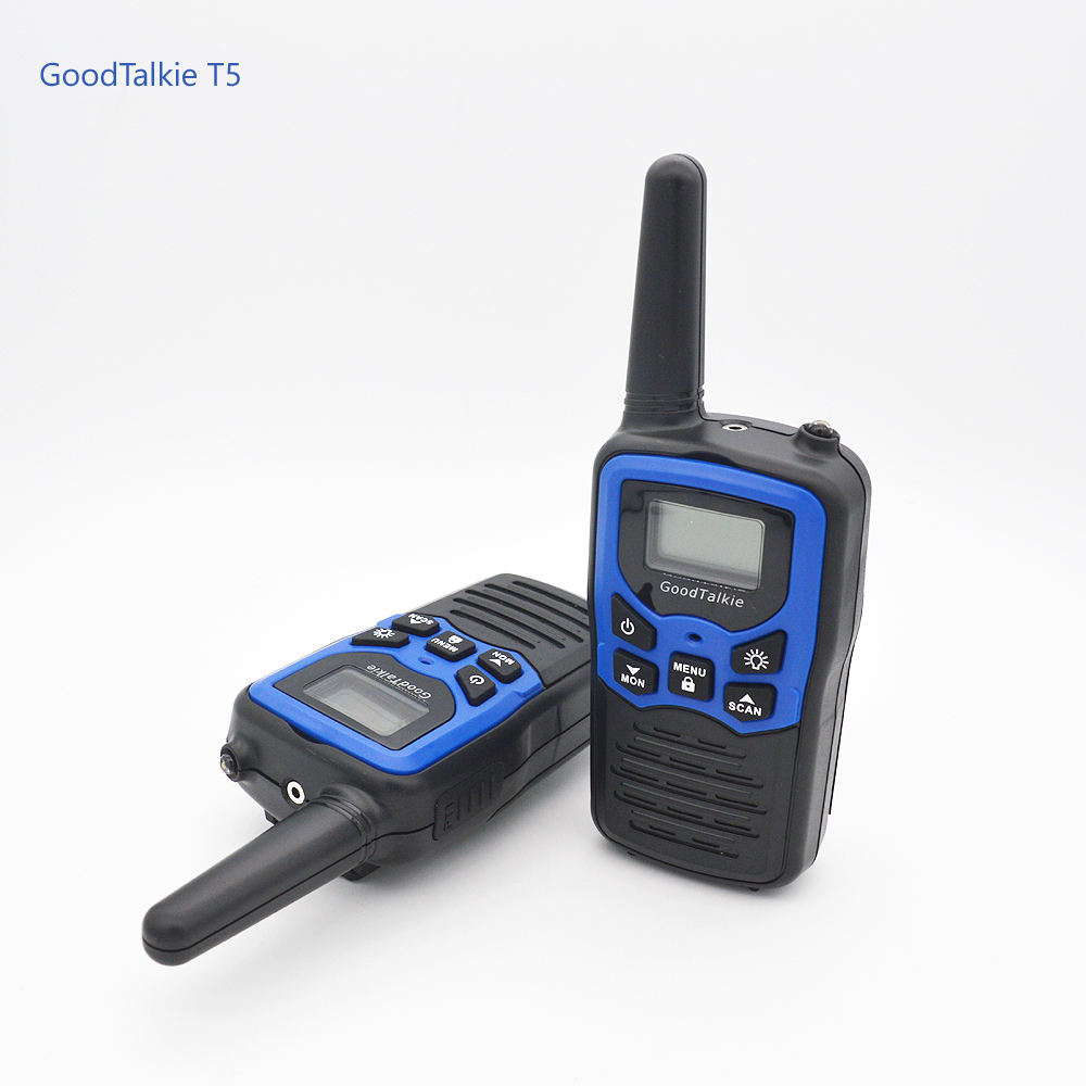 2 pcs Boa T5 <span class=keywords><strong>Talkie</strong></span> <span class=keywords><strong>Walkie</strong></span> <span class=keywords><strong>Talkie</strong></span> de Longo Alcance 2 way Radio <span class=keywords><strong>UHF</strong></span> 400-470 MHZ