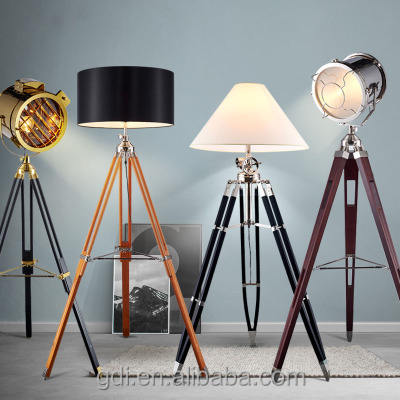 2017 Modern Industrial Home Goods Floor Lamps Brass Antique Wooden Tripod Floor Lamp For Living Room Design