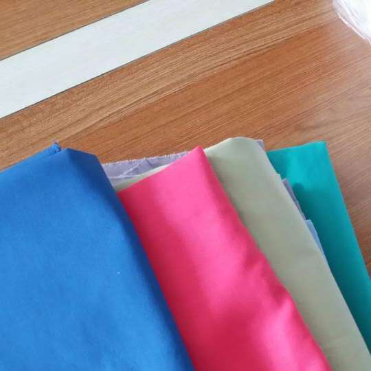 Plain Fabric/t/c 65/35 45*45 133*72 Dyed Plain Tc Polyester Cotton Fabric For Shirt