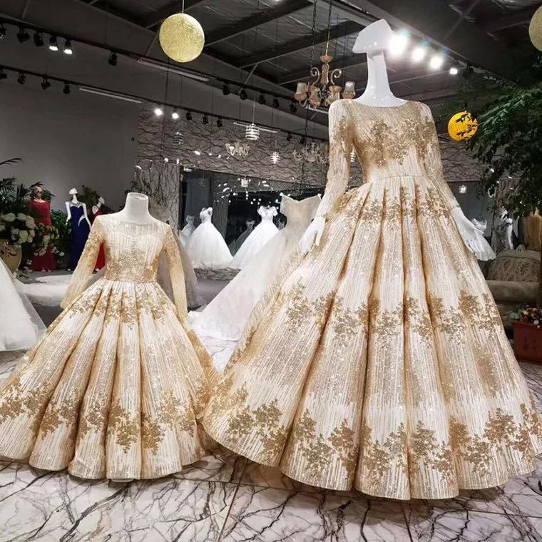 Gorgeous Mother Daughter Ball Gown 2019 Flower Girl Dress For Wedding Half Sleeve Gold Applique Bow Kids Formal Pageant Wear