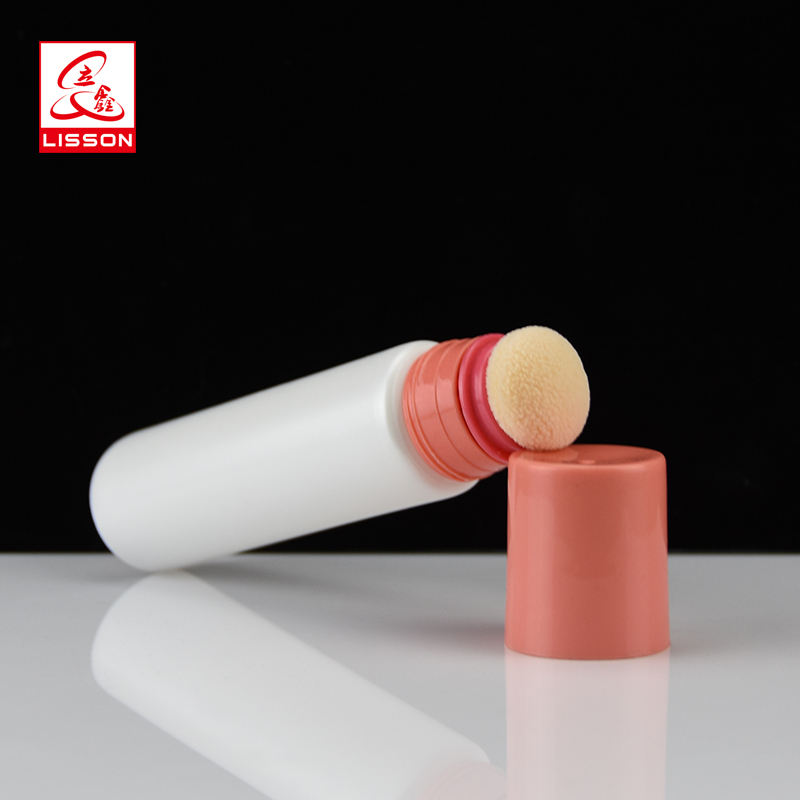 Best sell cosmetic tube with sponge applicator for BB cream packaging