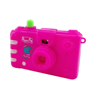 Tiktop facebook hot sales economic children plastic light up kids cute camera mini projector toy by manufacturer