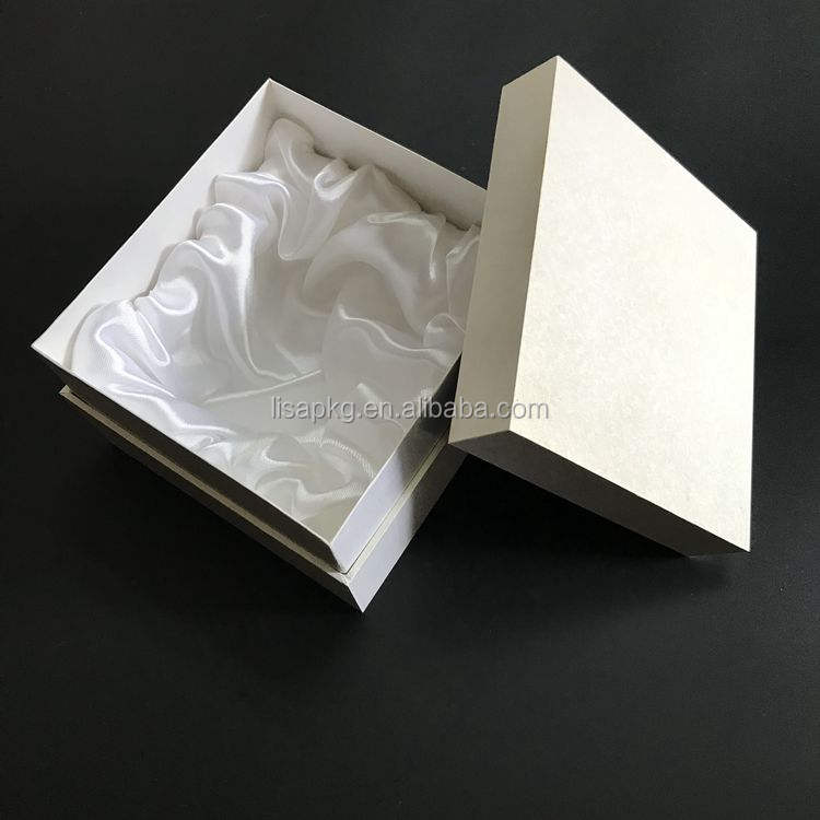 Custom High Quality White Art Paper Gift Jewelry Packaging Wooden Box