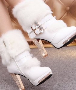 The latest Winter nice design fashion keep warm belt fastener chunky heels ladies boot