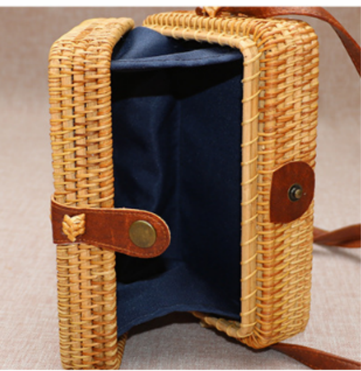 Wholesale shoulder women beach square rattan straw bag