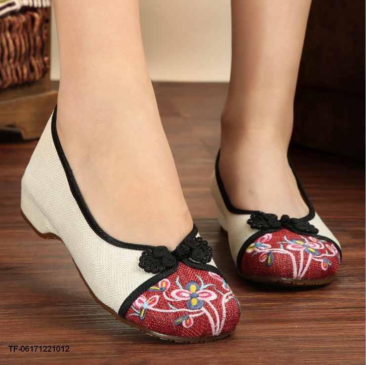 Women Fashion Autumn Shoes Woman Old Peking Flats Flower Embroidery Soft Sole vintage Ballet
