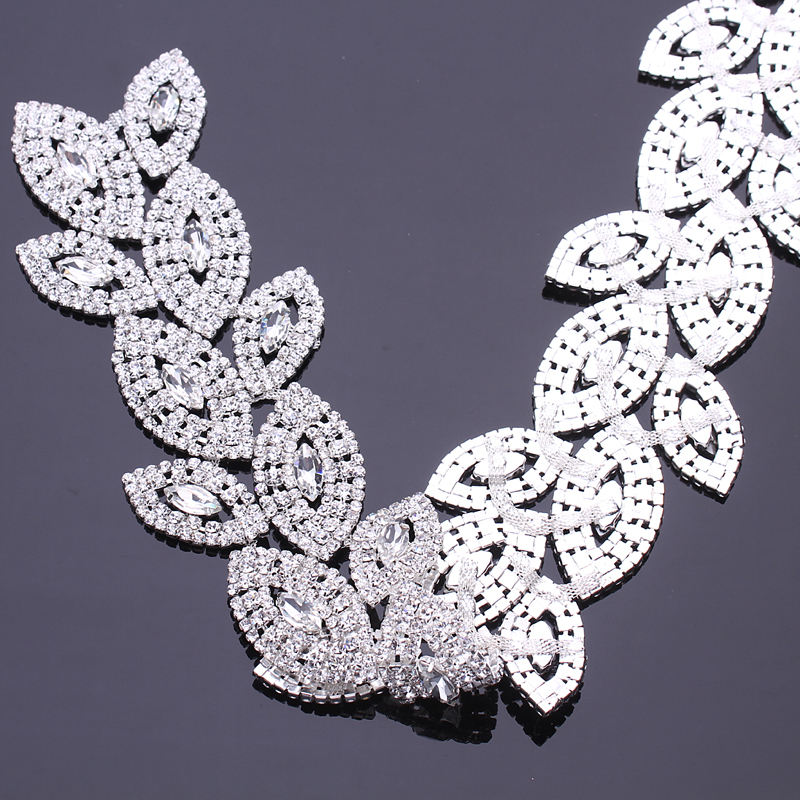 Cina fornitore di accessorio di abbigliamento moda di cristallo decorativo strass applique trim catena
