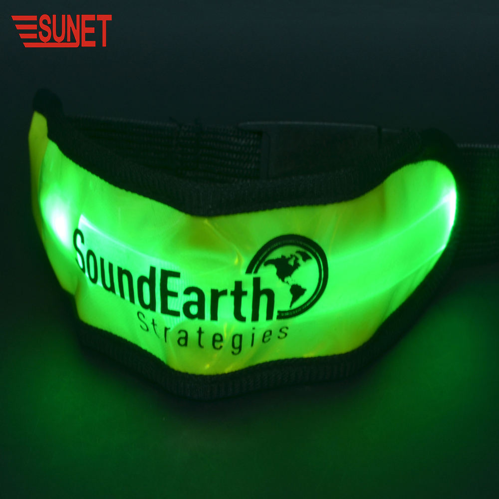 2020 SUNJET Out Door Favor Plastic Led Lights Snap Bracelet Ruler