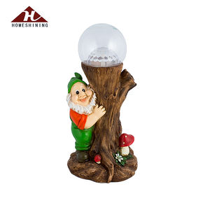 Wholesale Resin Material Outdoor Led Color Changing Garden Gnome Solar Light
