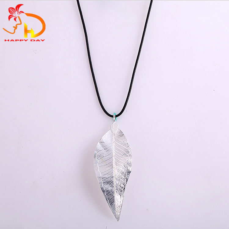 Manufacturer sale attractive style beautiful silver real leaves pendant nacklace