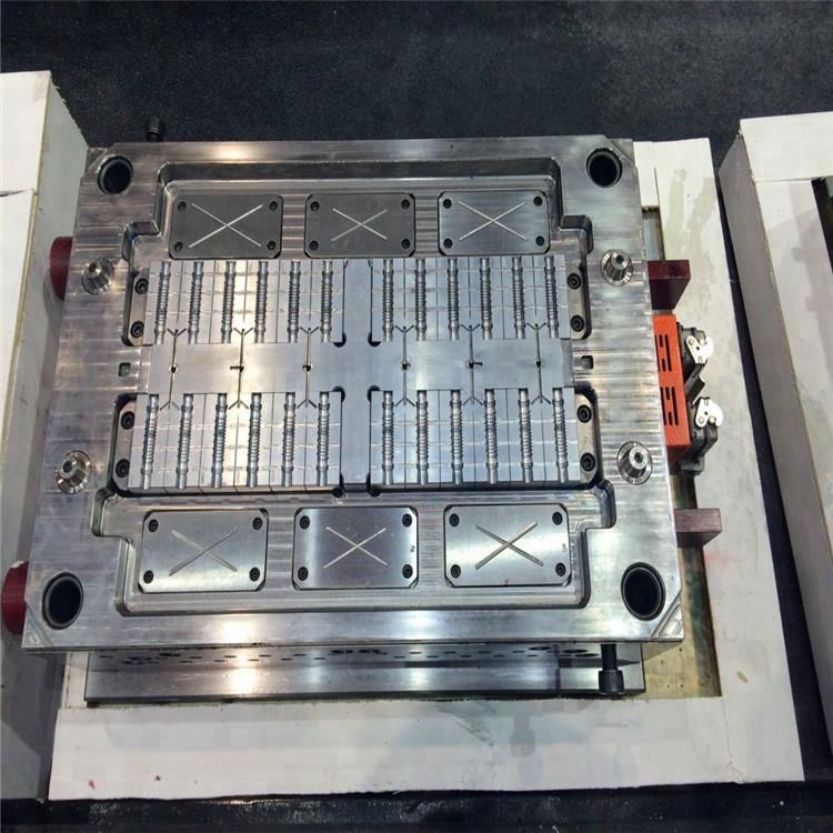 Hot Selling Plastic Molds Injection Mould for tiles Making