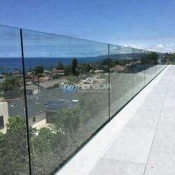Frameless tempered glass balcony railing for hotels