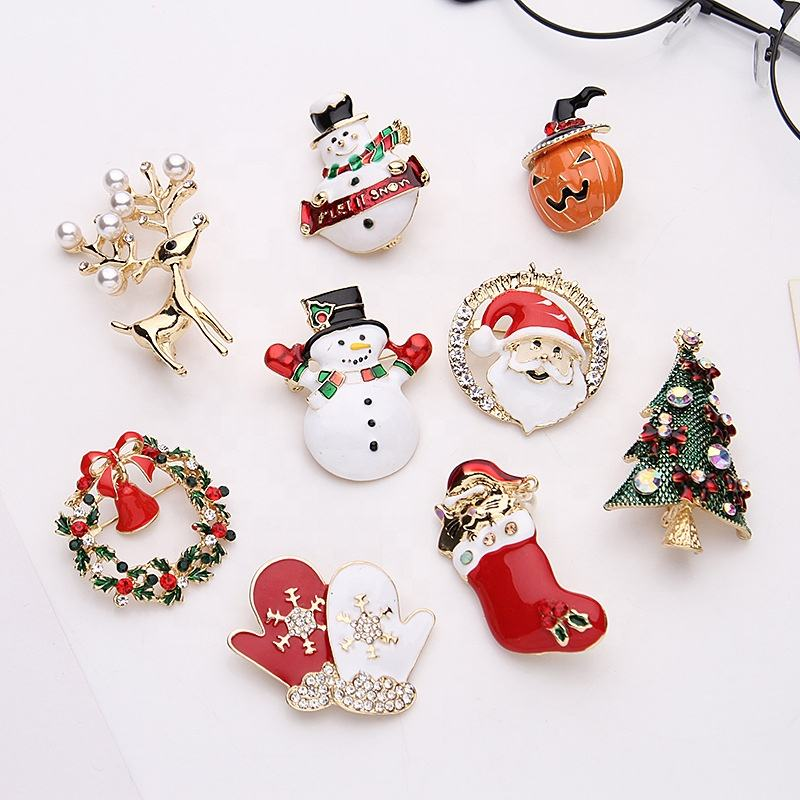 Custom Christmas decoration lapel pin sparkling jingle bell brooch pin